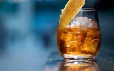 ¡El mejor cocktail de Manhattan! En St. Cloud Rooftop New York.